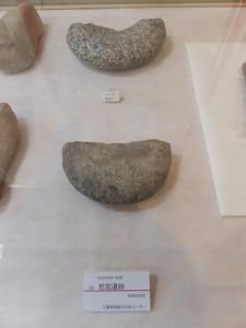 若宮遺跡での出土品 石臼