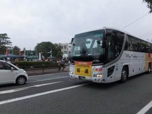報道車(外宮前バス停広場付近)