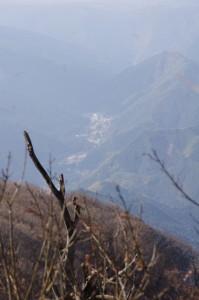 避難小屋の上部にある展望台からの風景(高見山山頂)