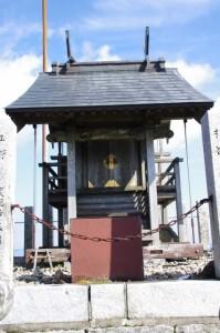 高角神社(高見山山頂)