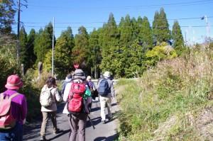 熊野古道(宮川側)にて、道標地蔵(国道42号)付近