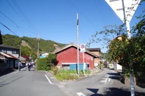 三谷橋付近の八柱神社(熊野古道)〜三ツ谷池