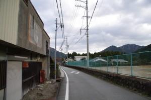 三重県立宮川高等学校の跡地付近から大谷不動方向へ