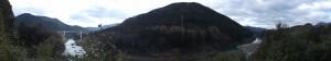 三瀬砦跡(大台町下三瀬)から望む宮川とコウモリ山