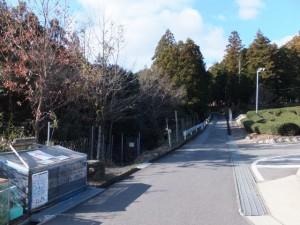 殿様井戸への入口付近(熊野古道伊勢路)