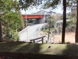 (16) 打見八柱神社から望む七保大橋