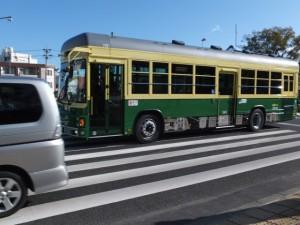 外宮前を走る神都バス