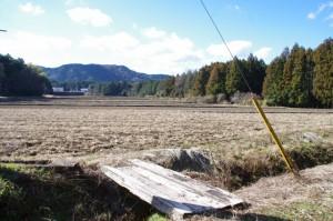 奈良波良神社、前面の風景